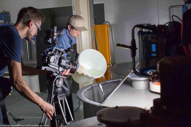 Kai Schmitz ist Kameramann und dreht mit der Sony PXW-FS7 bei Industriefilmen.